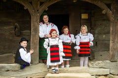 Traditionelle Kostüme von Rumänien, Maramures-Grafschaft stockfoto
