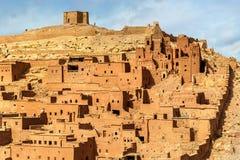 Traditionelle Lehmhäuser in Ait Ben Haddou-Dorf, ein UNESCO-Bauerbe in Marokko Stockbild