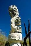 Traditionelle Maori- geschnitzte Abbildung Stockfotos