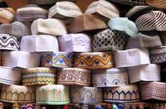 Traditionelle marokkanische Hüte lizenzfreies stockfoto