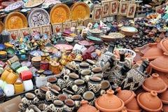 Traditionelle marokkanische Tonwaren Stockfotografie