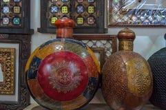 Traditionelle Messinghandwerksanzeige von Oman Lizenzfreie Stockfotos