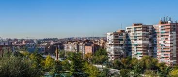 Traditionelle Nachbarschaft in Madrid, Spanien lizenzfreie stockbilder