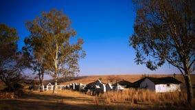 Traditionelle Ndebele-Hütte bei Botshabelo, Mpumalanga, Südafrika Lizenzfreie Stockfotos