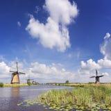 Traditionelle niederländische Windmühlen beim Kinderdijk Stockbild