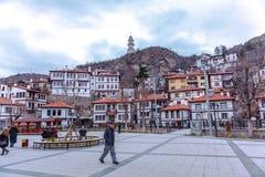 Traditionelle Osmane-Häuser und Zafer Tower stockfoto