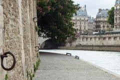 Traditionelle Pariser Architektur Stockfotografie