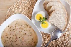 Traditionelle polnische Suppe Stockbilder
