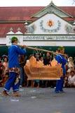 Traditionelle Prozession Banjar Harjo vom Dorf Lizenzfreie Stockbilder
