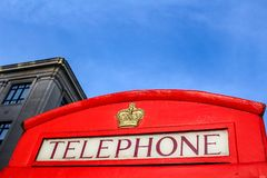 Traditionelle rote Telefonzellen in London stockfotos