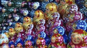 Traditionelle russische matrioska Puppen stockbilder
