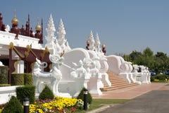 Traditionelle siamesische Architektur in Chiangmai Stockbild