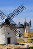 Traditionelle spanische Windmühlen lizenzfreie stockfotos