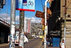 Traditionelle Straßenansicht in Valparaiso, Chile Lizenzfreie Stockfotografie
