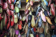 Traditionelle türkische Schuhe lizenzfreie stockfotografie