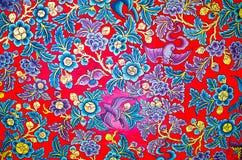 Traditionelle thailändische Artkunstmalerei auf Decke stockbilder