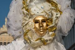 Traditionelle venetianische Karnevalskostümmaske Stockfotografie