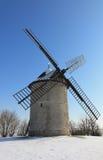 Traditionelle Windmühle im Winter Lizenzfreies Stockbild