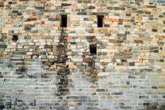Traditionelle Ziegelsteinwand Stockbild