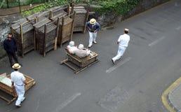 Traditioneller abschüssiger Transport Madeiras Stockfoto