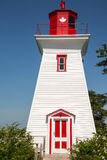Traditioneller hölzerner Leuchtturm auf Prinzen Edward Island in Kanada lizenzfreie stockfotos