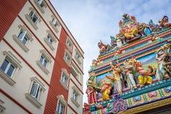 Traditioneller Hinduismus trifft modernen Kapitalismus Lizenzfreies Stockbild