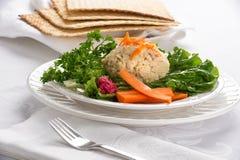 Traditioneller jüdischer Passahfest gefilter Fisch Lizenzfreie Stockfotos