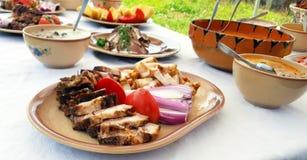 Traditioneller Lebensmittelteller Transylvanian Stockfoto