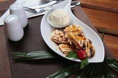 Traditioneller Makassar-Snack genannt pisang epe Lizenzfreie Stockbilder