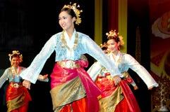 Traditioneller malaysischer Tanz stockfotografie