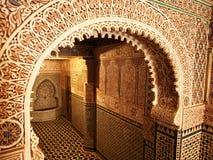 Traditioneller marokkanischer Eingang stockfotografie