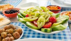 Traditioneller Rich Turkish Breakfast Stockbilder