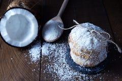 Traditioneller siamesischer Nachtisch gebildet von der Kokosnuss Lizenzfreies Stockfoto