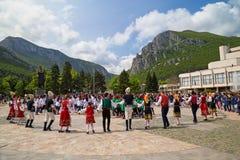 """Traditioneller Tanz Bulagarian †""""Horo Stockfoto"""
