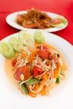 Traditioneller thailändischer Papayasalat köstlich Stockfotografie