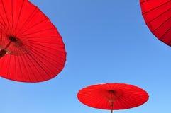 Traditioneller thailändischer Regenschirm Lizenzfreie Stockfotos