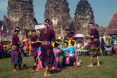 Traditioneller thailändischer Tanz in der Thailand-Affe-Partei Lizenzfreie Stockbilder