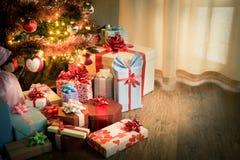 Traditioneller Weihnachtsabend zu Hause Stockfotos