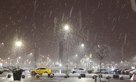 Traditioneller Zeitvertreib in Moskau während der kalten Wintermonate stockbild