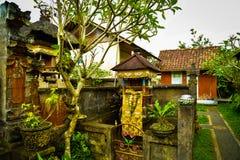 Traditionelles altes Familienhaus in Ubud Bali Indonesien lizenzfreie stockfotografie
