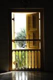 Traditionelles Fenster bei Sultan Abu Bakar State Mosque in Johor Bharu, Malaysia Lizenzfreie Stockfotografie