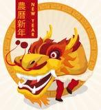 Traditionelles gelbes Dragon Dancers in der Feier des Chinesischen Neujahrsfests, Vektor-Illustration Lizenzfreie Stockfotografie