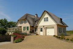 Traditionelles Haus in den Niederlanden lizenzfreies stockbild