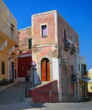 Traditionelles Haus in Ventotene-Insel stockbild