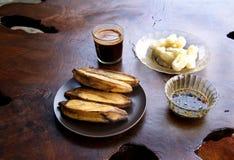 Traditionelles indonesisches Frühstück lizenzfreies stockfoto