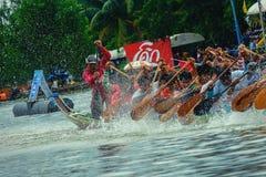 Traditionelles langes Ruderwettkampf-Festival Suratthani, Thailand Lizenzfreies Stockfoto