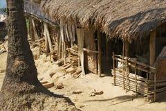 Traditionelles Marma-Bergvolkgebäude mit dem Strohdach in Bandarban, Bangladesch Stockfotografie