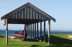 Traditionelles Neuseeland Maori- Waka lizenzfreie stockfotos
