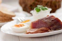 Traditionelles Ostern-Frühstück Lizenzfreies Stockfoto