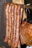 Traditionelles rumänisches geräuchertes Fleisch Lizenzfreies Stockfoto